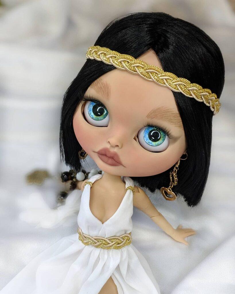 Cleopatra blythe
